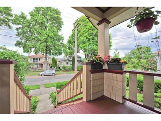 Photo 2: 980 E 24TH Avenue in Vancouver: Fraser VE House for sale (Vancouver East)  : MLS®# V1071131