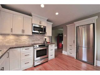 Photo 10: 980 E 24TH Avenue in Vancouver: Fraser VE House for sale (Vancouver East)  : MLS®# V1071131