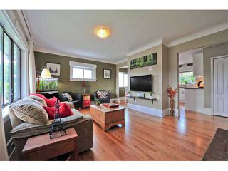 Photo 3: 980 E 24TH Avenue in Vancouver: Fraser VE House for sale (Vancouver East)  : MLS®# V1071131