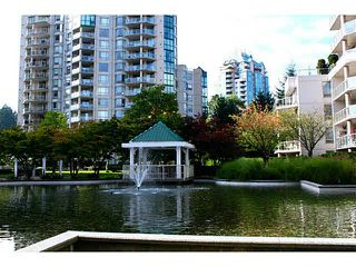 "Photo 17: 1505 1199 EASTWOOD Street in Coquitlam: North Coquitlam Condo for sale in ""Silkerk"" : MLS®# V1088798"