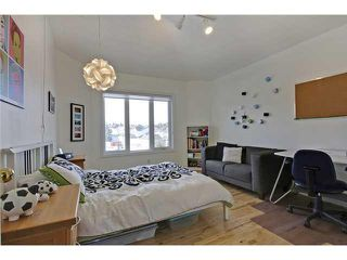 Photo 14: 68 STRADDOCK Crescent SW in Calgary: Strathcona Park House for sale : MLS®# C3653341