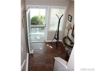 Photo 4: 74 850 Parklands Drive in VICTORIA: Es Gorge Vale Townhouse for sale (Esquimalt)  : MLS®# 347010