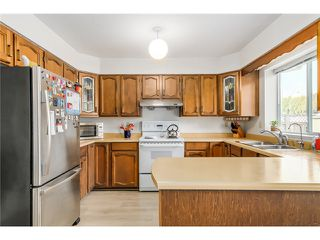 "Photo 3: 5379 OPAL Place in Richmond: Riverdale RI House for sale in ""N"" : MLS®# V1113010"