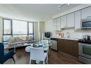 """Photo 2: 1304 258 SIXTH Street in New Westminster: Uptown NW Condo for sale in """"258"""" : MLS®# V1117443"""