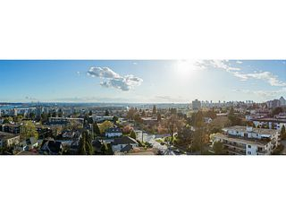 """Photo 14: 1304 258 SIXTH Street in New Westminster: Uptown NW Condo for sale in """"258"""" : MLS®# V1117443"""