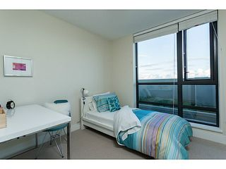 """Photo 9: 1304 258 SIXTH Street in New Westminster: Uptown NW Condo for sale in """"258"""" : MLS®# V1117443"""