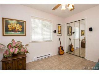 Photo 15: 41 7570 Tetayut Rd in SAANICHTON: CS Hawthorne Manufactured Home for sale (Central Saanich)  : MLS®# 707595