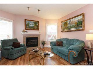 Photo 5: 41 7570 Tetayut Rd in SAANICHTON: CS Hawthorne Manufactured Home for sale (Central Saanich)  : MLS®# 707595