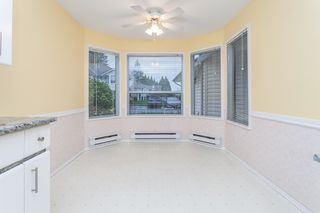 Photo 11: 105 16031 82 Avenue in Surrey: Fleetwood Tynehead Townhouse for sale : MLS®# R2015541