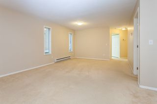 Photo 6: 105 16031 82 Avenue in Surrey: Fleetwood Tynehead Townhouse for sale : MLS®# R2015541