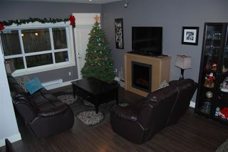 """Photo 7: 1 7298 199A Street in Langley: Willoughby Heights Townhouse for sale in """"YORK"""" : MLS®# R2020208"""