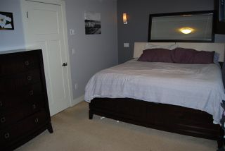 """Photo 10: 1 7298 199A Street in Langley: Willoughby Heights Townhouse for sale in """"YORK"""" : MLS®# R2020208"""