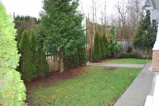 """Photo 4: 1 7298 199A Street in Langley: Willoughby Heights Townhouse for sale in """"YORK"""" : MLS®# R2020208"""