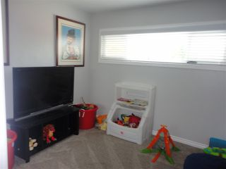 Photo 9: SAN DIEGO House for sale : 4 bedrooms : 3044 GREYLING DR
