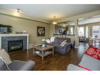 "Photo 5: 50 7155 189 Street in Surrey: Clayton Townhouse for sale in ""BACARA"" (Cloverdale)  : MLS®# R2062840"