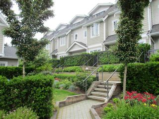 Photo 3: 16 7198 BARNET Road in Burnaby: Westridge BN Townhouse for sale (Burnaby North)  : MLS®# R2071672