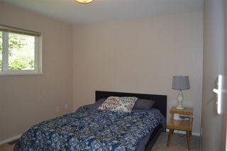 Photo 18: 5829 TRAIL Avenue in Sechelt: Sechelt District House for sale (Sunshine Coast)  : MLS®# R2081885