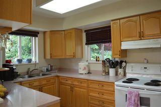 Photo 7: 5829 TRAIL Avenue in Sechelt: Sechelt District House for sale (Sunshine Coast)  : MLS®# R2081885