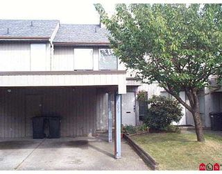"Photo 1: 299 32550 MACLURE Road in Abbotsford: Abbotsford West Townhouse for sale in ""Clearbrook Village"" : MLS®# R2086449"