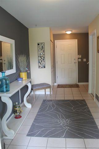 Photo 4: 23748 KANAKA Way in Maple Ridge: Cottonwood MR House for sale : MLS®# R2097318