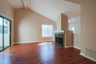 Photo 3: PACIFIC BEACH Townhome for sale : 3 bedrooms : 4782 Ingraham in San Diego