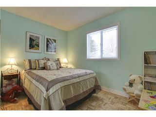 Photo 9: 19 DEER LANE Place SE in Calgary: Bungalow for sale : MLS®# C3596598