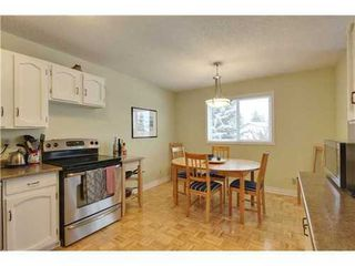 Photo 7: 19 DEER LANE Place SE in Calgary: Bungalow for sale : MLS®# C3596598