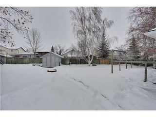 Photo 16: 19 DEER LANE Place SE in Calgary: Bungalow for sale : MLS®# C3596598
