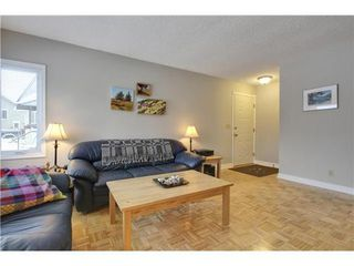 Photo 3: 19 DEER LANE Place SE in Calgary: Bungalow for sale : MLS®# C3596598