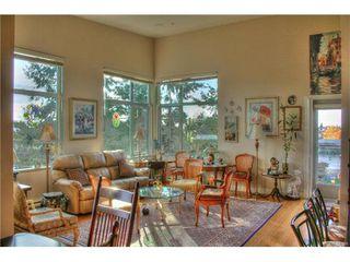 Photo 1: 403 4394 West Saanich Rd in VICTORIA: SW Royal Oak Condo for sale (Saanich West)  : MLS®# 746608