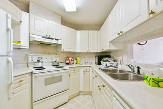 """Photo 4: 204 9942 151 Street in Surrey: Guildford Condo for sale in """"Winchester Place"""" (North Surrey)  : MLS®# R2144646"""