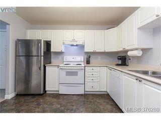 Photo 8: 202 606 Goldstream Ave in VICTORIA: La Langford Proper Condo for sale (Langford)  : MLS®# 755301