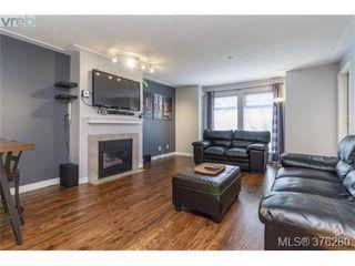 Photo 3: 202 606 Goldstream Ave in VICTORIA: La Langford Proper Condo for sale (Langford)  : MLS®# 755301