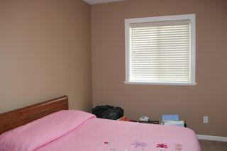 Photo 9: 2 405 STUART Street in Hope: Hope Center House 1/2 Duplex for sale : MLS®# R2161737