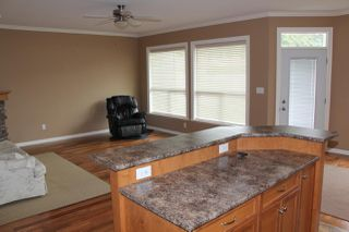 Photo 7: 2 405 STUART Street in Hope: Hope Center House 1/2 Duplex for sale : MLS®# R2161737