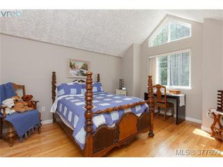 Photo 11: 1326A Ravensview Drive in VICTORIA: La Humpback Single Family Detached for sale (Langford)  : MLS®# 377699