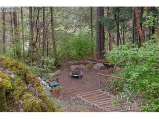 Photo 18: 1326A Ravensview Dr in VICTORIA: La Humpback House for sale (Langford)  : MLS®# 758412