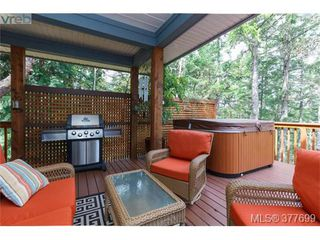 Photo 15: 1326A Ravensview Dr in VICTORIA: La Humpback House for sale (Langford)  : MLS®# 758412