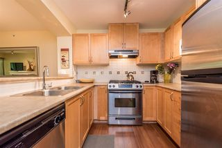 """Photo 3: 508 2959 SILVER SPRINGS BLV Boulevard in Coquitlam: Westwood Plateau Condo for sale in """"TANTALUS"""" : MLS®# R2185390"""