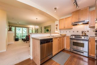 """Photo 2: 508 2959 SILVER SPRINGS BLV Boulevard in Coquitlam: Westwood Plateau Condo for sale in """"TANTALUS"""" : MLS®# R2185390"""