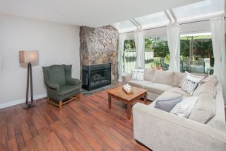 """Photo 4: 5888 MAYVIEW Circle in Burnaby: Burnaby Lake Townhouse for sale in """"One Arbourlane"""" (Burnaby South)  : MLS®# R2187271"""