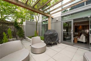 """Photo 16: 102 1168 RICHARDS Street in Vancouver: Yaletown Townhouse for sale in """"PARK LOFTS"""" (Vancouver West)  : MLS®# R2202304"""