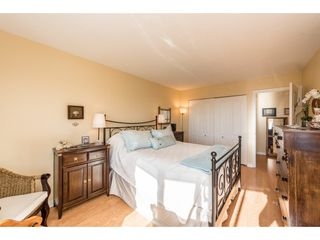 "Photo 8: 611 15111 RUSSELL Avenue: White Rock Condo for sale in ""Pacific Terrace"" (South Surrey White Rock)  : MLS®# R2204844"