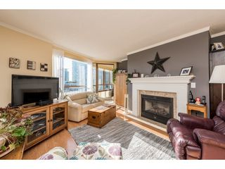 "Photo 1: 611 15111 RUSSELL Avenue: White Rock Condo for sale in ""Pacific Terrace"" (South Surrey White Rock)  : MLS®# R2204844"
