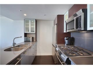 "Photo 8: # 802 7080 NO 3 RD in Richmond: Brighouse South Condo for sale in ""Centro"" : MLS®# V982440"