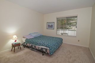 "Photo 9: 221 7156 121 Street in Surrey: West Newton Townhouse for sale in ""Glenwood Village"" : MLS®# R2215838"