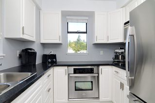 Photo 2: 1004 47 AGNES STREET in New Westminster: Downtown NW Condo for sale : MLS®# R2114537
