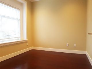 Photo 11: 4866 MOSS Street in Vancouver: Collingwood VE House for sale (Vancouver East)  : MLS®# R2227855