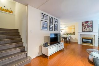 Photo 3: 3 7700 Granville Avenue in Richmond: Brighouse South Townhouse for sale : MLS®# R2234150