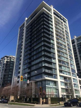 """Photo 2: 1006 1320 CHESTERFIELD Avenue in North Vancouver: Central Lonsdale Condo for sale in """"Vista Place"""" : MLS®# R2250057"""